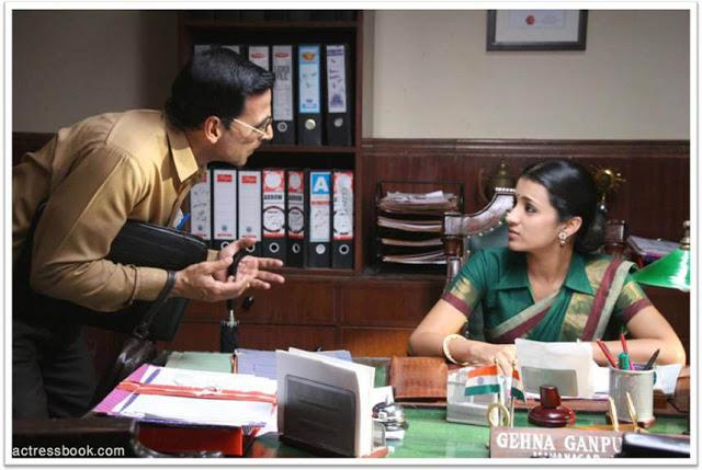 Trisha Krishnan Khatta-meetha-movie-stills-1