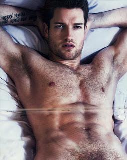 Mẫu nam chụp ảnh nghệ thuật hot - quá đẹp Ronnie_Kroell_naked4-thumb-450x745-11828