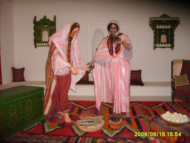 عادات تونس التقليدية من متحف جربة S5003075