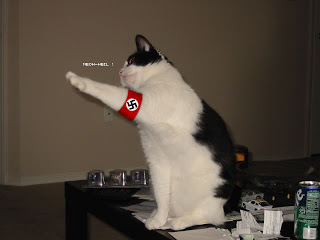 Fascismo We Will Come Back - Página 2 Nazi_cat