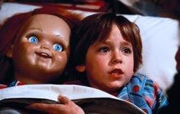 Muñeco Diabólico/ Child's Play - Tom Holland  (1988) Childs-play-chucky-bed