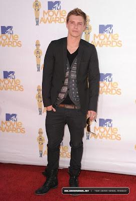 MTV  Movie Awards 2010 - Página 8 08