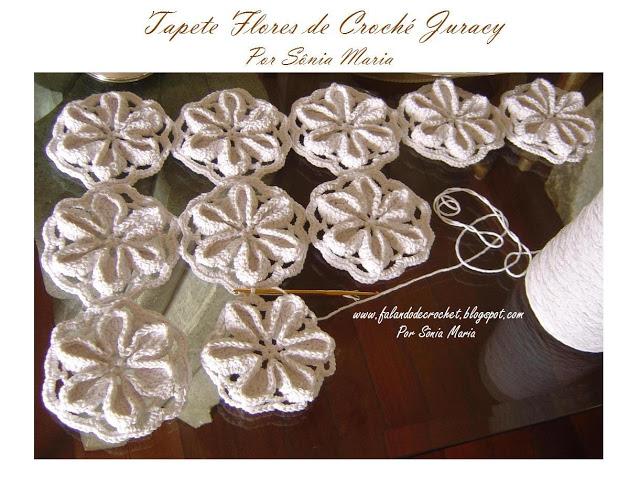 الوردة بطريقة الاعمدة الراسية فى اروع مفرش مع الطريقة Tapete%20croche%20flores%20juracy%20mt%20ass