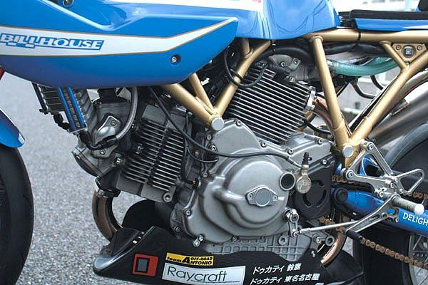 Ducati Deux soupapes - Page 4 Detail03_b