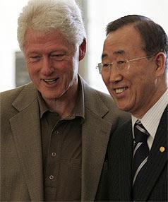 William Jefferson Clinton, un émissaire chargé de toutes sortes d'affaires. BillClintonBannKimoon