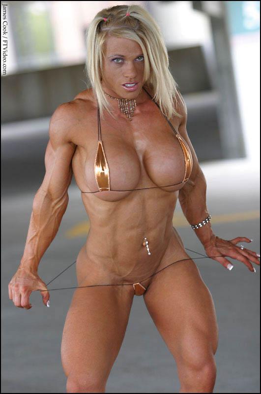 sin palabras - Página 2 Female-bodybuilders-by-james-cook