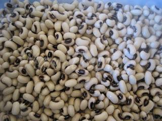 Moroccan White Beans (Loubia ou Ful Gnawa) with chicken / Haricots blancs secs au poulet à la marocaine (Loubia) IMG_0538