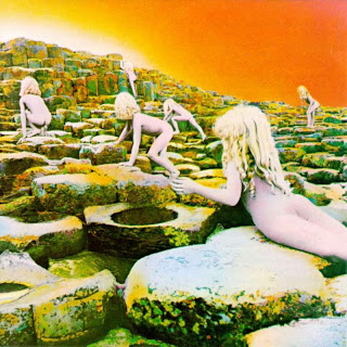 Pochette moche pour album top Led_zeppelin_houses_of_the_holy_1994_retail_cd-front