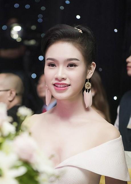 (TỒNG HỢP) Những ứng viên sáng giá cho vương miện Hoa hậu Việt Nam 2016 10_30618