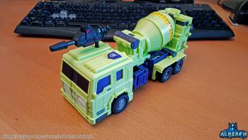 [Toyworld] Produit Tiers - Jouet TW-C Constructor aka Devastator/Dévastateur (Version vert G1 et jaune G2) - Page 6 A6H1nu6A
