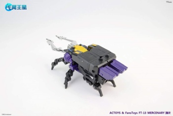 [Fanstoys] Produit Tiers - Jouet FT-12 Grenadier / FT-13 Mercenary / FT-14 Forager - aka Insecticons - Page 2 Bcyp8x6X