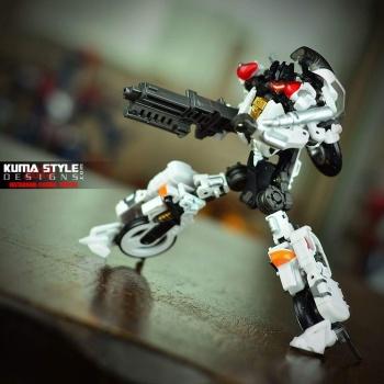 [MakeToys] Produit Tiers - Jouet MTCM-04 Guardia (aka Protectobots - Defensor/Defenso) - Page 2 LoI6i2LS