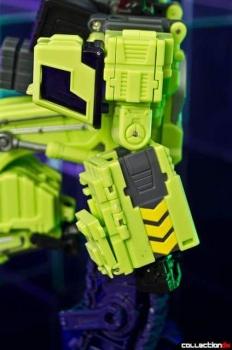 [Toyworld] Produit Tiers - Jouet TW-C Constructor aka Devastator/Dévastateur (Version vert G1 et jaune G2) - Page 4 NsNZm94q