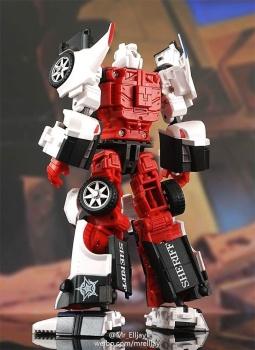 [MakeToys] Produit Tiers - Jouet MTCM-04 Guardia (aka Protectobots - Defensor/Defenso) - Page 2 UG4NNvEg