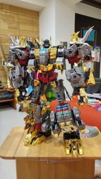 [Toyworld][Zeta Toys] Produit Tiers - Jouet TW-D aka Combiner Dinobots - Page 2 UTrTh9UC
