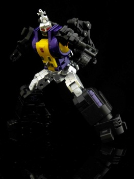 [Fanstoys] Produit Tiers - Jouet FT-12 Grenadier / FT-13 Mercenary / FT-14 Forager - aka Insecticons - Page 2 A3vMmy71