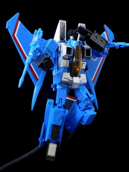 [Masterpiece] MP-11T Thundercracker/Coup de tonnerre (Takara Tomy et Hasbro) - Page 2 Bsa0dlX5