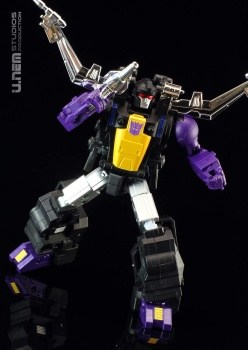 [Fanstoys] Produit Tiers - Jouet FT-12 Grenadier / FT-13 Mercenary / FT-14 Forager - aka Insecticons - Page 3 CSN3mWCC