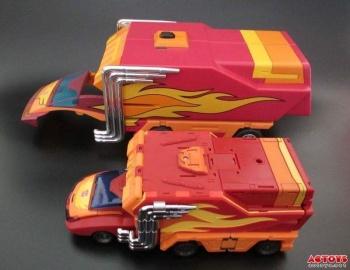 [DX9 Toys] Produit Tiers - Jouet D-06 Carry aka Rodimus et D-06T Terror aka Black Rodimus - Page 2 ETdbcBE5