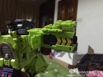 [Toyworld] Produit Tiers - Jouet TW-C Constructor aka Devastator/Dévastateur (Version vert G1 et jaune G2) - Page 3 FGXuI9wO