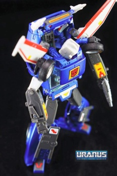 [Masterpiece] MP-25 Tracks/Le Sillage - Page 3 G5FwOCL2