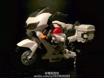 [MakeToys] Produit Tiers - Jouet MTCM-04 Guardia (aka Protectobots - Defensor/Defenso) - Page 2 HcRlR4tD