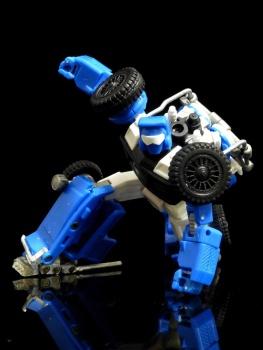 [X-Transbots] Produit Tiers - Minibots MP - Gamme MM - Page 3 Hs73mEjT