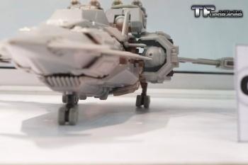 [Mastermind Creations] Produit Tiers - R-17 Carnifex - aka Overlord (TF Masterforce) IYuc56YE