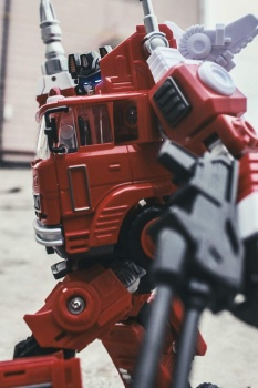 [Maketoys] Produit Tiers - MTRM-03 Hellfire (aka Inferno) et MTRM-05 Wrestle (aka Grapple/Grappin) - Page 4 JGQDrXxd
