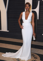 "Keke Palmer ""2015 Vanity Fair Oscar Party hosted by Graydon Carter at Wallis Annenberg Center for the Performing Arts in Beverly Hills"" (22.02.2015) 21x La7zmhft"