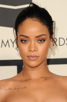 Rihanna  57th Annual GRAMMY Awards in LA 08.02.2015 (x79) updatet UPvcXAoD