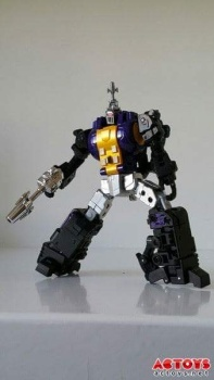 [Fanstoys] Produit Tiers - Jouet FT-12 Grenadier / FT-13 Mercenary / FT-14 Forager - aka Insecticons - Page 2 V3kOBljJ