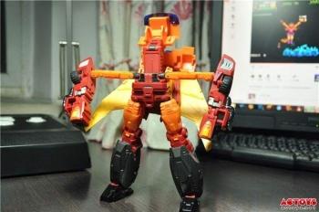 [DX9 Toys] Produit Tiers - Jouet D-06 Carry aka Rodimus et D-06T Terror aka Black Rodimus - Page 2 YEAjmJdL