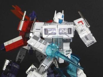 Masterpiece G1 - KO/Bootleg/Knockoff Transformers - Nouveautés, Questions, Réponses - Page 5 Zm0YxXMg
