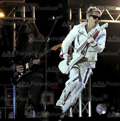 MTV EMA Cérémonie - Page 9 Tumblr_lbj63b6gzv1qa8mcro1_400