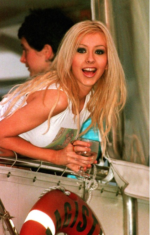 ¿Habías visto esta foto de Christina? - Página 16 Tumblr_leyf26XRuL1qbhhnbo1_500