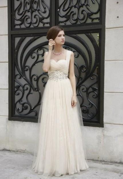Wedding Dresses. - Page 7 Tumblr_lfmjsfclrF1qzqb2uo1_500