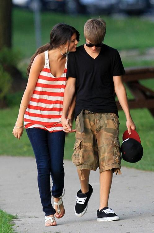 Justin Bieber and Selena Gomez - Page 3 Tumblr_lm9hv7MzJt1qjq7n2o1_500