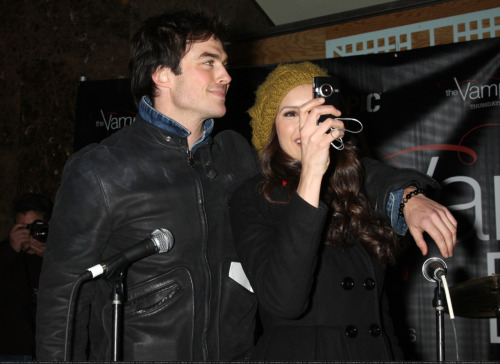 Nina Dobrev and  Ian Somerhalder. - Page 3 Tumblr_lma2rb2efY1qkaq8to1_500