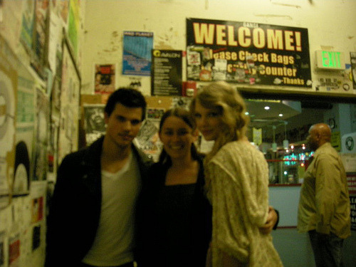 Taylor Swift and Taylor Lautner. Tumblr_lo2s55Eo8L1qmvomgo1_500