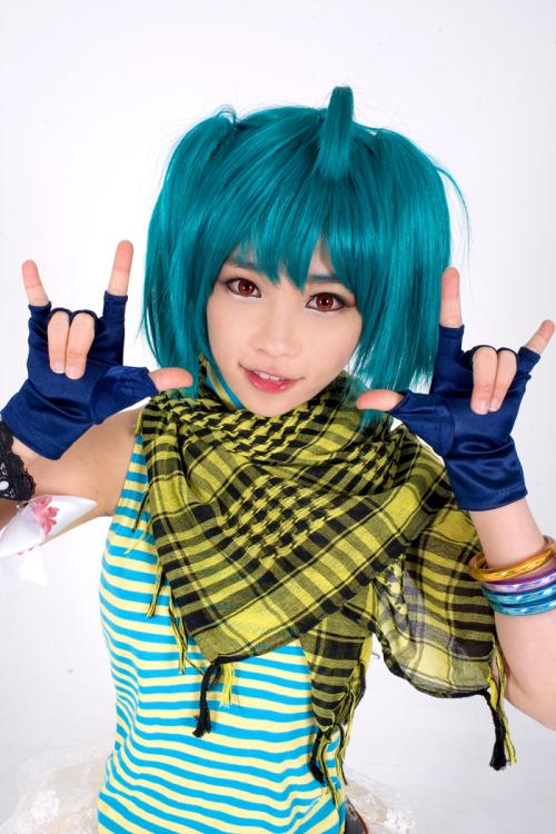 Macross Frontier cosplay Tumblr_lpaiv5IrFd1qbo448o1_500