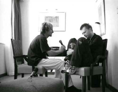 [Fotos] Thom Yorke - Página 13 Tumblr_lpgmq3LqIa1qhvd4ao1_500