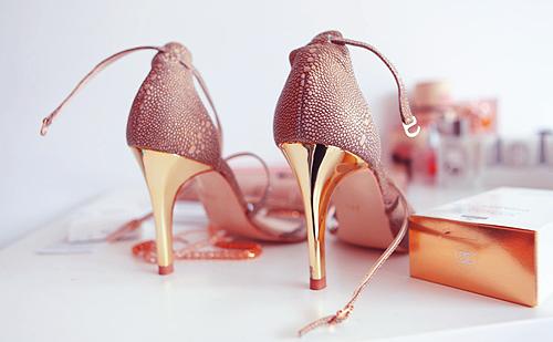 احذية نسائة قمة في الروعة Tumblr_lrqotojM8R1qeo03no1_500