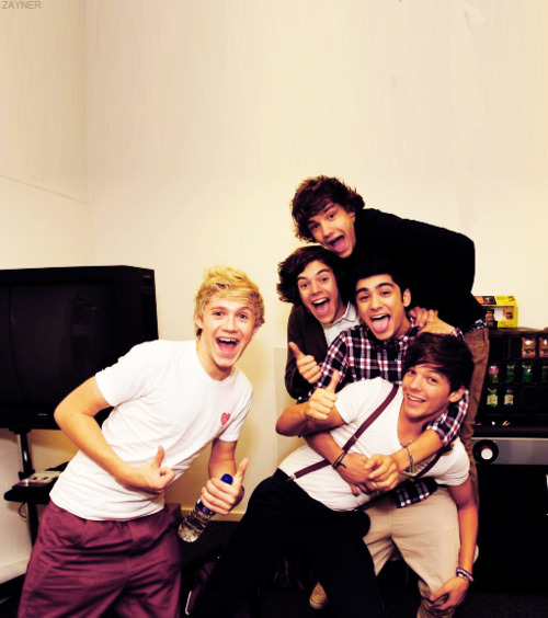 One Direction[3]. - Page 2 Tumblr_ls0s9wk9l31r39qnjo1_500