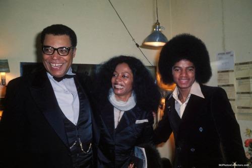 Raridades: Somente fotos RARAS de Michael Jackson. - Página 2 Tumblr_lsepn6eklk1qgkrqfo2_500