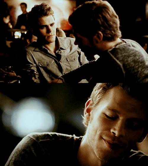 The Vampire Diaries[2] - Page 3 Tumblr_lsfbdbzHj51qzq61co1_500