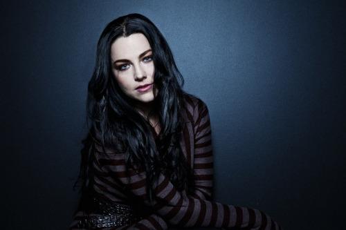 Evanescence - Page 2 Tumblr_lvqjeb33Eb1qea0e3o1_500