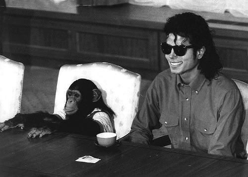 Raridades: Somente fotos RARAS de Michael Jackson. - Página 4 Tumblr_lw0pw1G6TQ1r7ce1no1_500