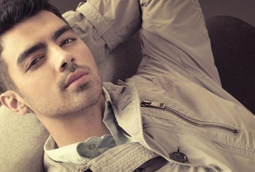 `Joe Jonas` - Page 39 Tumblr_lwskkveLoo1r8ggl4o1_500