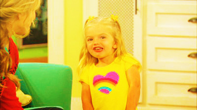 Good Luck Charlie  - Page 13 Tumblr_lydbi4Or4G1rniacfo1_400